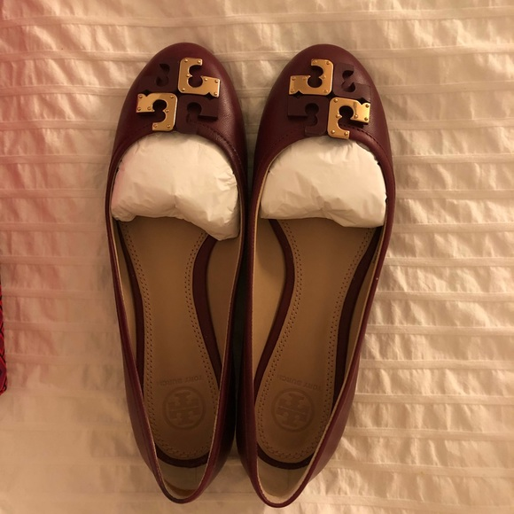 b4bc76263b25 Tory Burch Shoes - Tory Burch Lowell flat in Cabernet